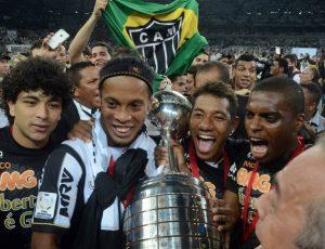 Ronaldinho se retira